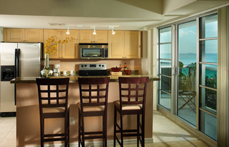 Studio Kitchen and oceanview balcony