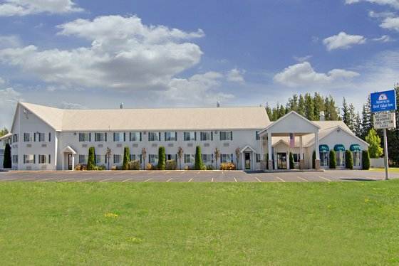 Americas Best Value Inn-Tahquamenon Country - Newberry, MI 49868