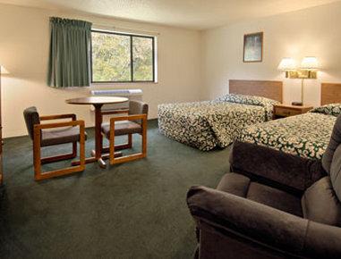 Super 8 Motel - Whitesburg - Whitesburg, KY 41858